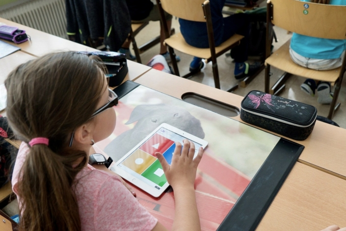 Freie-Demokraten-FDP-Ortsverband-Wedel-Kinder-lernen